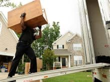 5 Reasons People Choose to Move Home