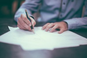 Avoid when selling your home skipping the fine print when signing a contract