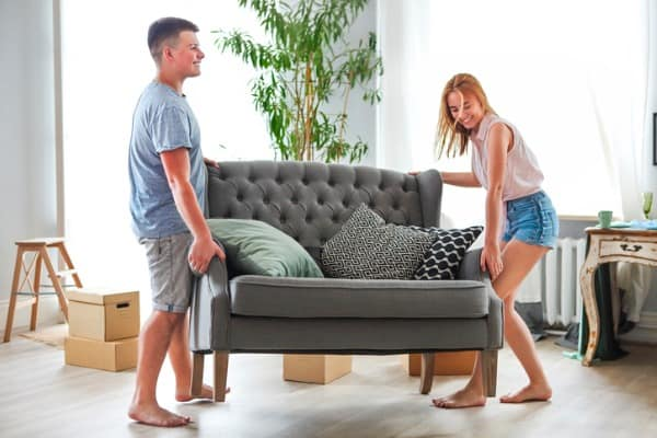 moving-love-seat