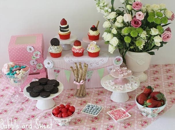 cupcake-party-station
