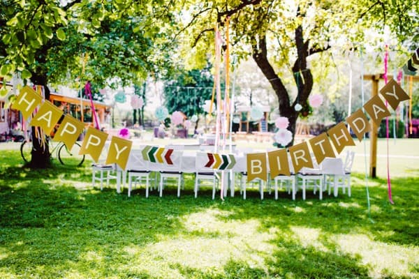 super-soft-birthday-party-decor