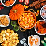 halloween-candy-buffet-table