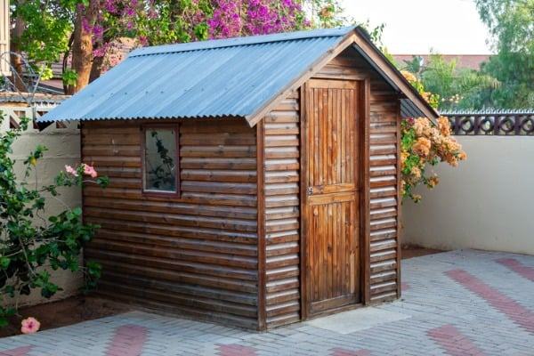 garden-shed-picture