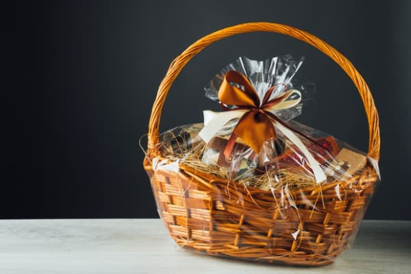 what is a christmas hamper